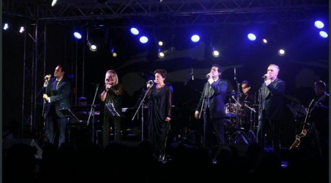 Mocedades y Manzanero cantaron al amor